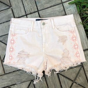Hollister Embroidered High Rise Shorts Size 26
